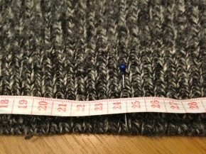 DIY: Need a new cardigan? Dig out an old jumper first! (Part1)